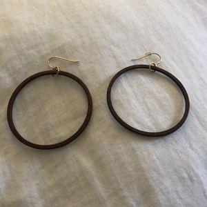 Wood dangling hoop earrings